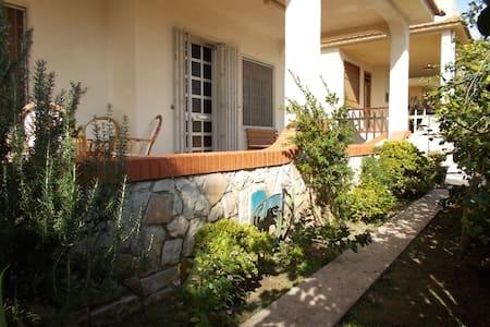 Punta Salina a Punta Braccetto - Punta Braccetto - Casa