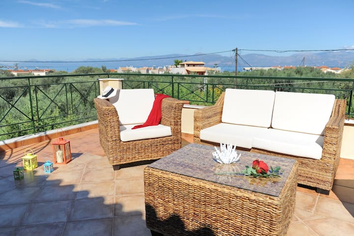 Maisonette with garden/Amazing view/Near the beach - Paralia Trapezis - Casa