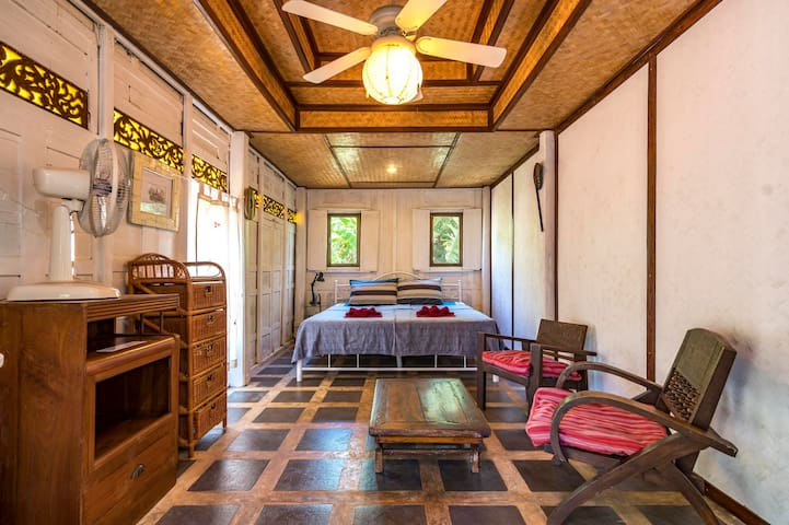 Charming and Cosy Thai Bungalow