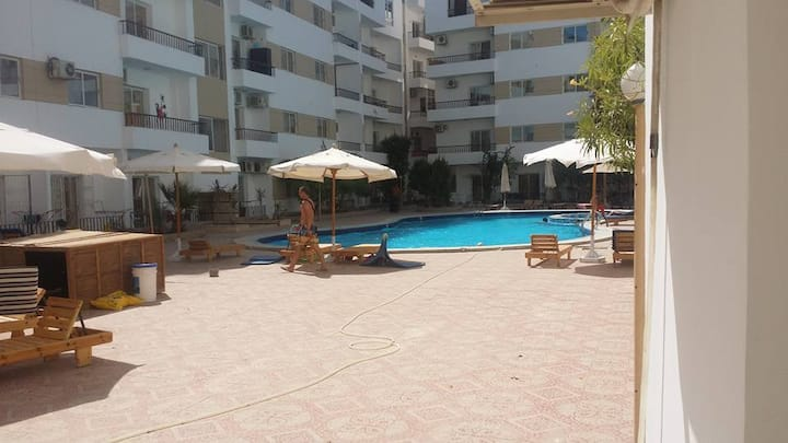 D202 - Excellent location for Mamsha and beaches