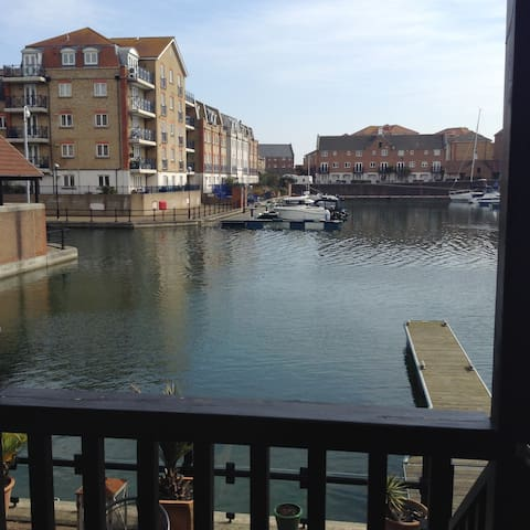 Quayside Living Sovereign Harbour