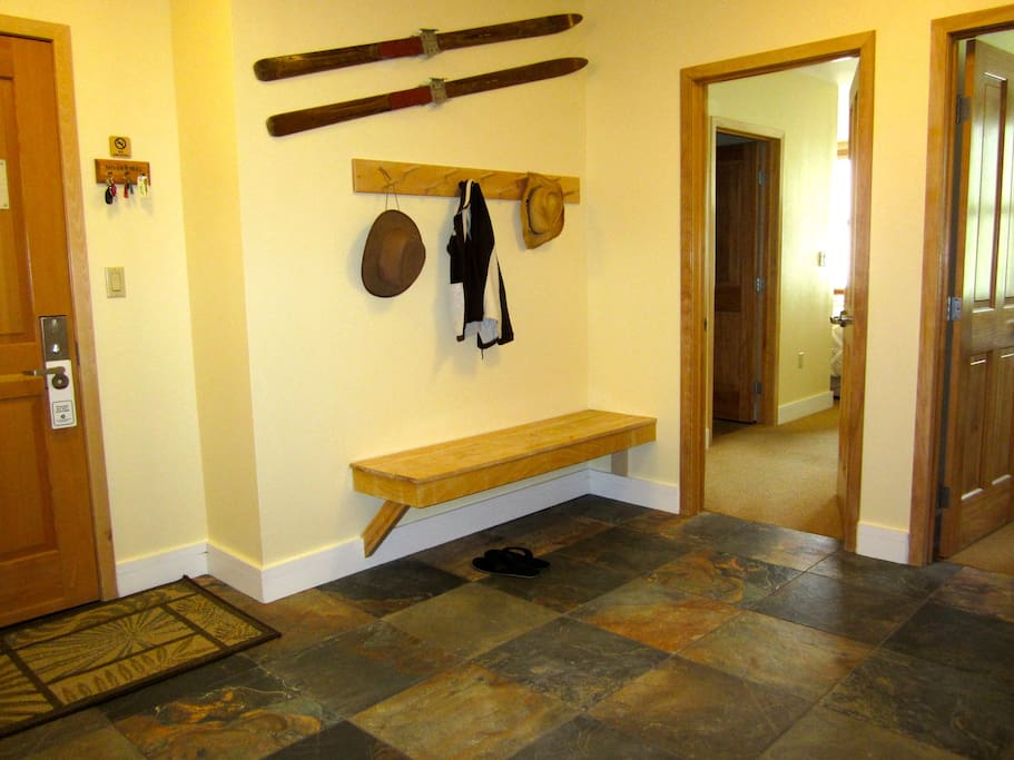 Remove all of your ski gear comfortably in the large front entry area.