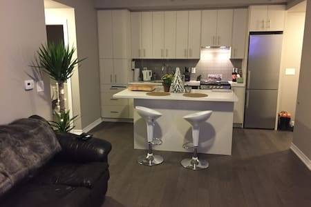 Guest room avail in Jazz Condos - Burlington