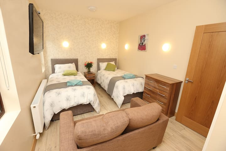 Pebble Beach Self Catering Luxury Accom. Sligo