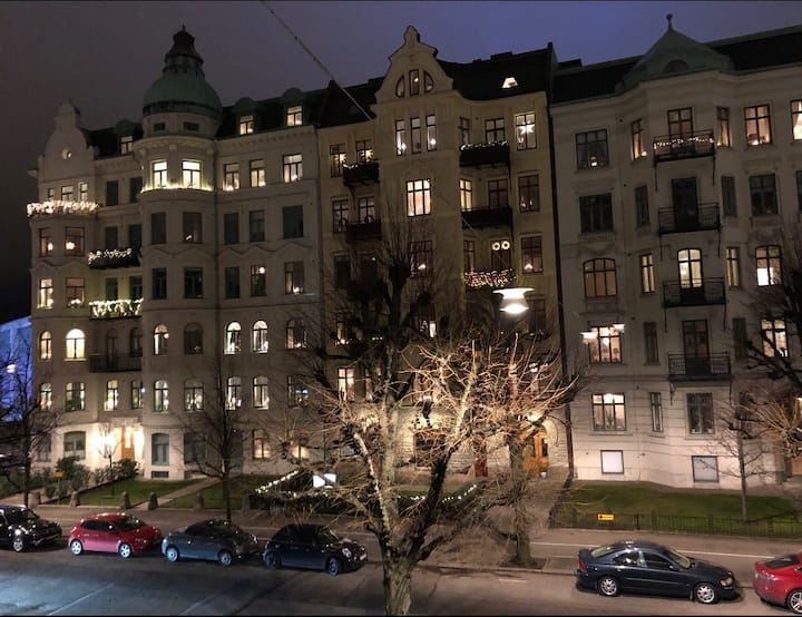 Large private room in the heart of Gothenburg
