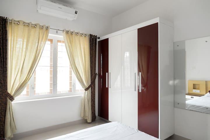 A/C Bedroom 2 wardrobe