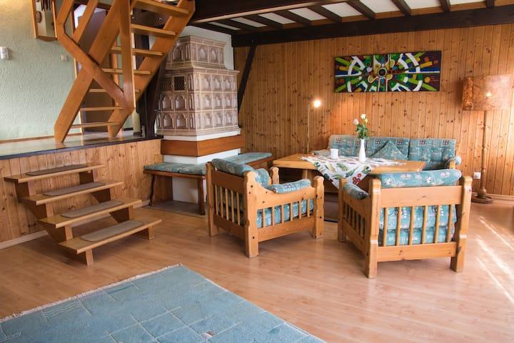 """Ferienhausgemeinschaft Solla-Hermannsau (Freyung), Komforthaus """"Nr. 19"""" mit Blick auf die Bayerwaldberge"""