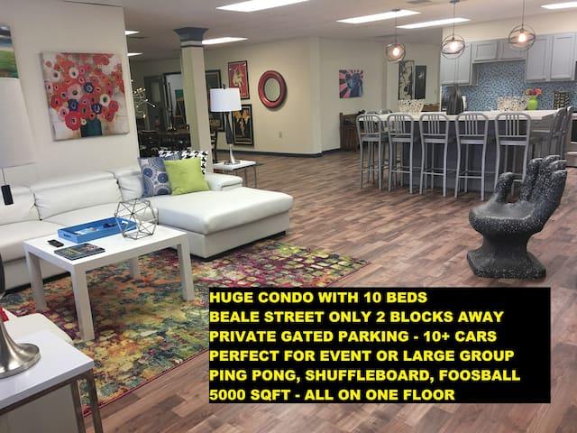 Beale 2 bks, HUGE 5000 sqft condo, 10 beds+parking