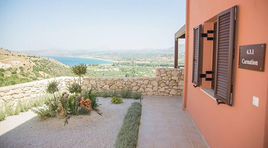 Morfi Village - Carnation Apartment