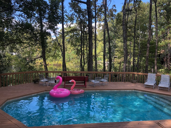 Waterfront Gem in Heart  of Tallahassee -2 bdrm