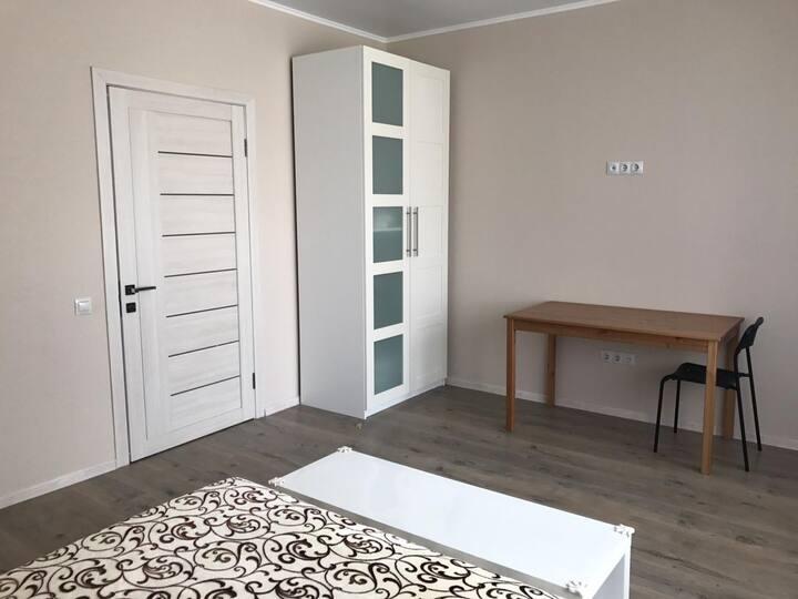 Двухкомнатная квартира на берегу моря