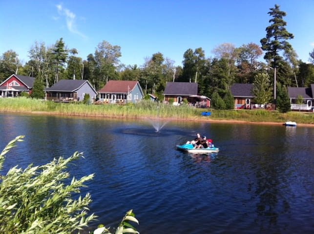 Beautiful Chalet in Lakes of Wasaga Family Resort