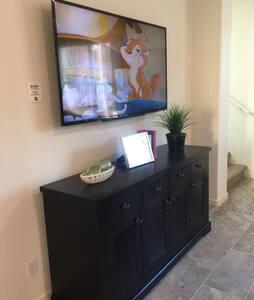 房間干净舒服,免費國際電話及高速wifi , 提供厨房設备及米,調料。 - Diamond Bar