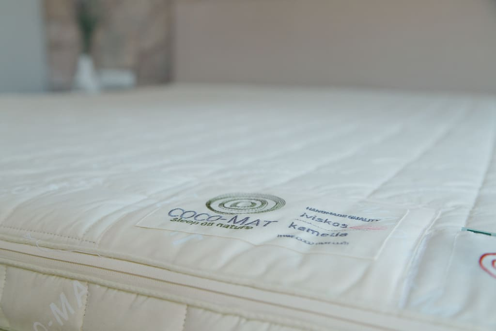 COCO MAT bed