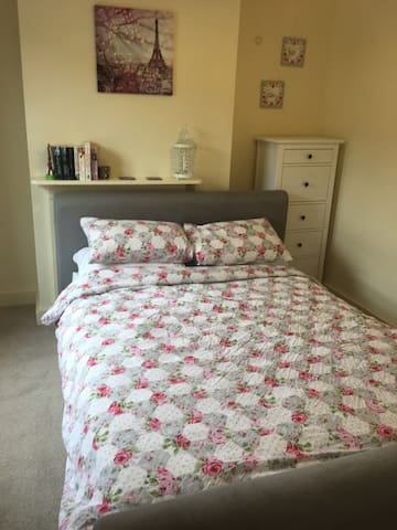 Double Room - Horsham