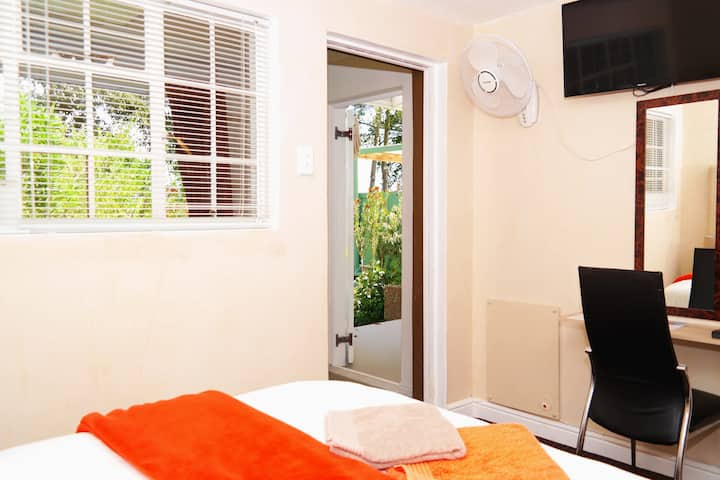 Double Room en Suite with Enclosed Porch