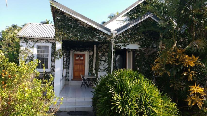 HershyB's Farm & Guest House - Chapelton