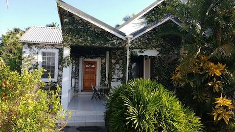 HershyB's Farm & Guest House