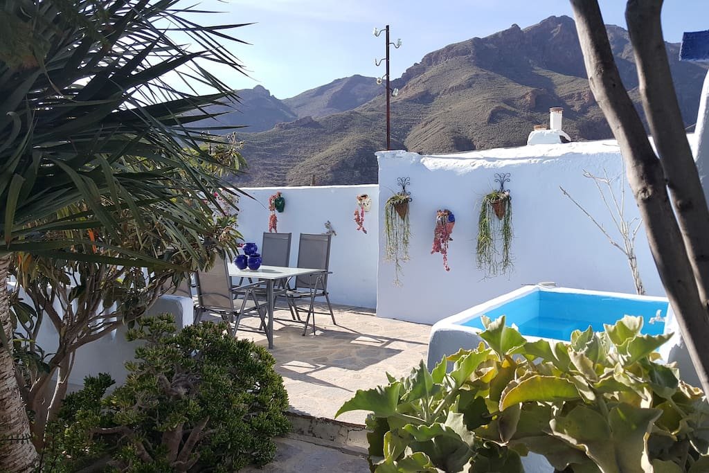 Casa cueva en nijar almeria earth houses for rent in for Casa jardin winter park
