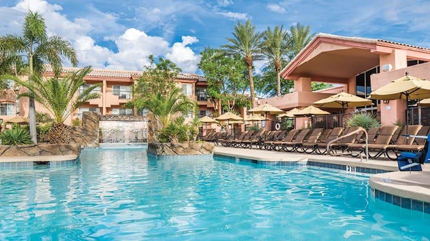 Scottsdale Villa Mirage- 2 bedroom condo!