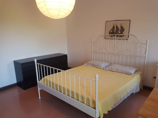 Romantic room near airport and 10 minutes city