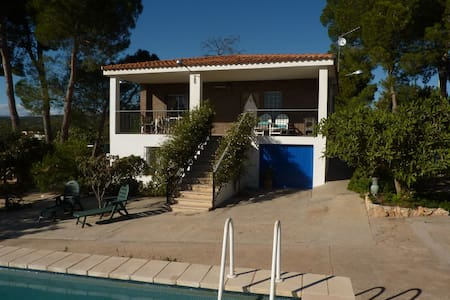 Villa with Pool near Sierra Calderona Nature Park - Llíria - Alpehytte
