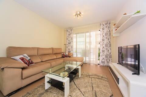 Новая чистая квартира в 15 мин от пляжа Poniente