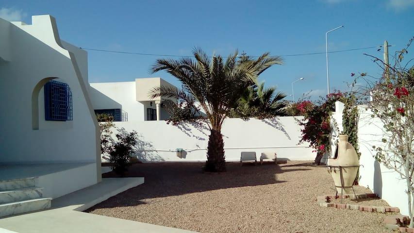 Villa Yasmine - Djerba Midun - Casa de huéspedes
