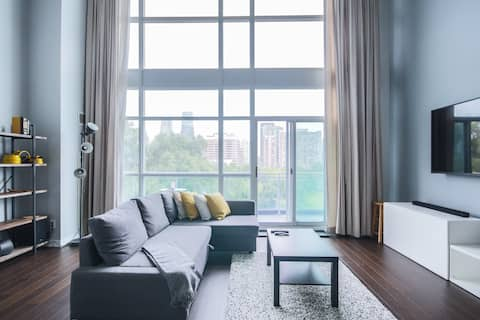*NEW Lovely 1 BDRM Loft By Square One w/ FREE PARK