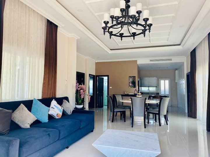 Dusit Pattaya boutique villa