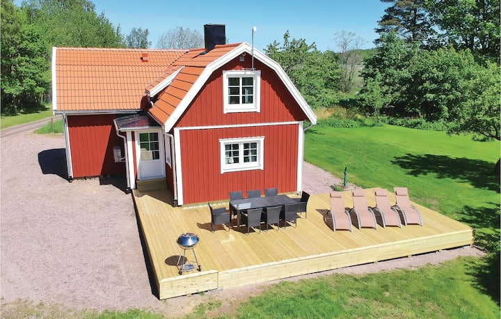 Amazing home in Gullspång with WiFi and 3 Bedrooms