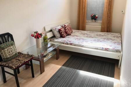 Want private room... please visit us.... - Oosthuizen - Lakás