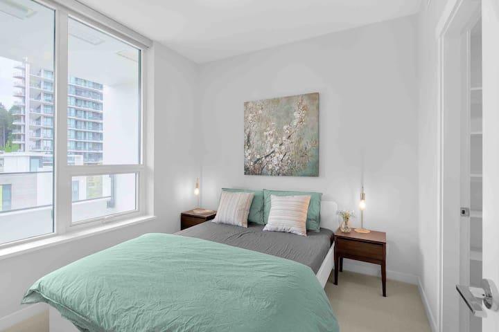 UBC Cozy New AC 1-bed Apt Quiet/Free Parking/GYM