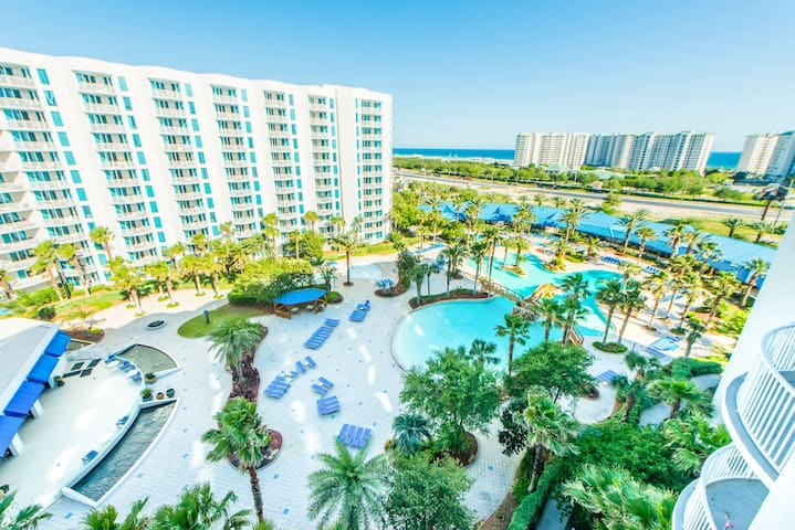Tropical Paradise at The Palms of Destin Resort