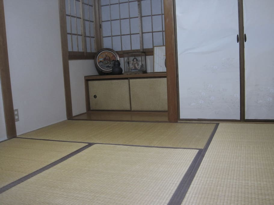 Bed room for max.3 persons. Tatami room.
