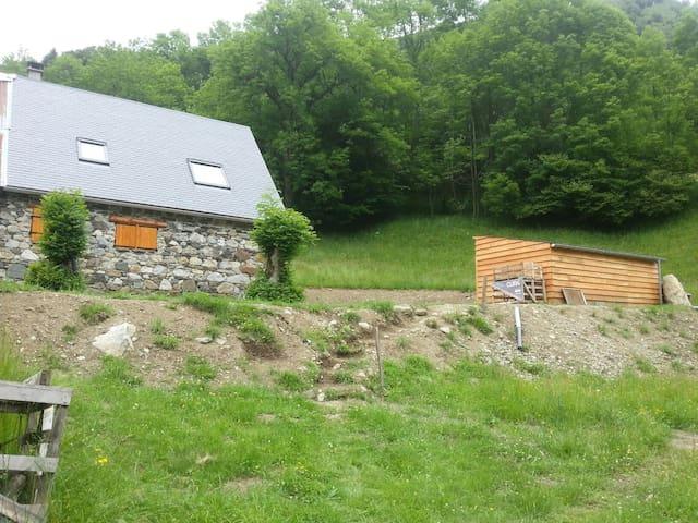 Grange en autonomie en montagne - Bagnères-de-Bigorre - Hytte (i sveitsisk stil)
