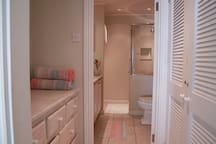 entrance to the twin bed bathroom