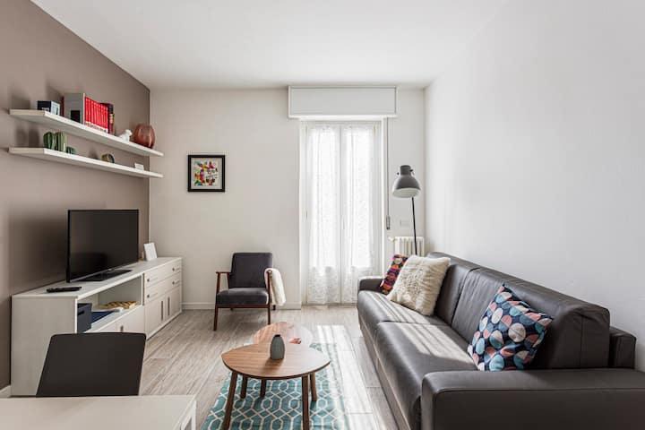 Amazing 2 bedrooms apt / Yellow Line