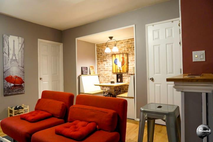 Quaint Garden Apartment/ Historic Hamilton Heights