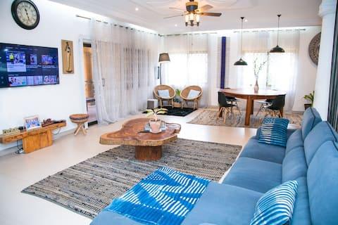 Stylish African-chic Urban Apartment @ East Legon