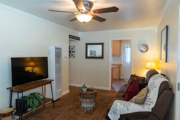 ★ Cozy 1 Bedroom Close to Downtown Livermore ★