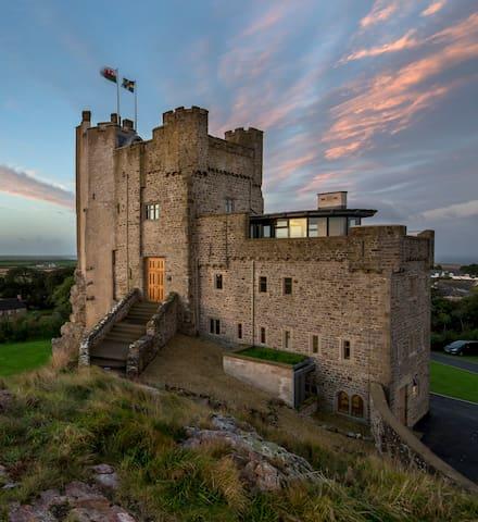 Roch Castle - 12th Century Castle