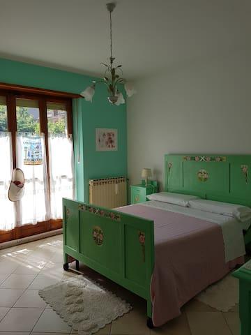 Flower Room, entrata indipendente, bagno privato