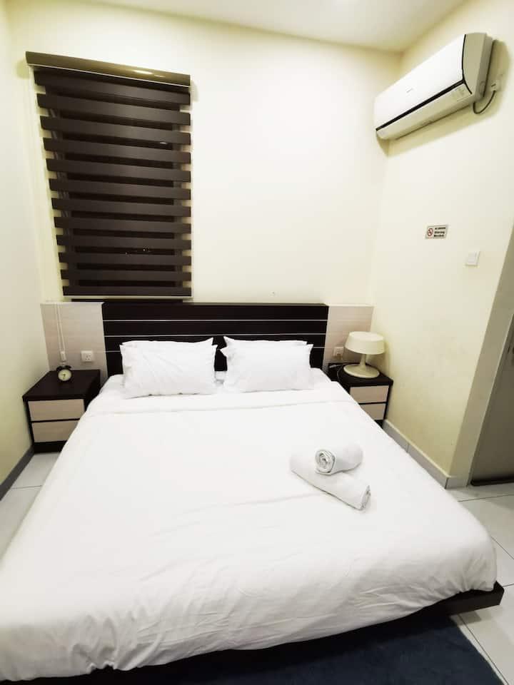 4Cozy 1 Bedroom @Mount Austin/free wifi/no smoking