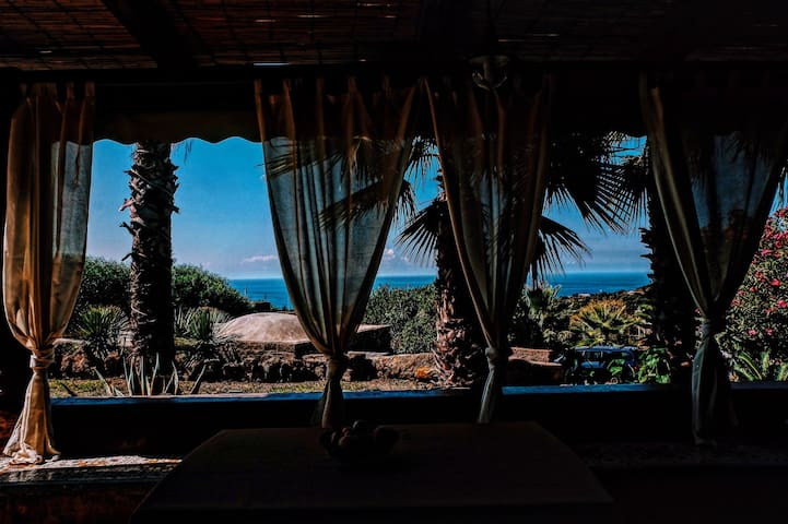 "La Stele di Rekale ""Dammuso Grande"" - Pantelleria - Apartamento"