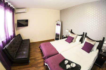 """""""Home from Home""""- cozy Hotel Plevna - Tas-Sliema"""