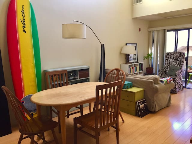 Private room in lovely loft in Chinatown (DTLA)