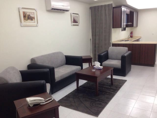 One-Bedroom Furnished Apartment (H) - Jeddah - Apartmen