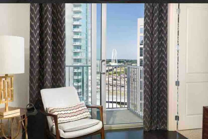 **Breathtaking Views|Luxury Victory Park High Rise