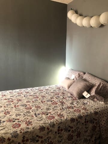 One bedroom in South Philly
